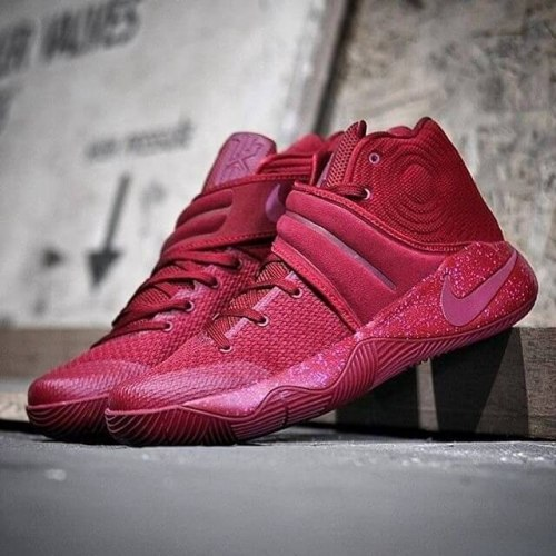 Kyrie 2 Red Velvet Nike