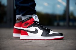 Air Jordan Retro 1 High Og (2-004) Nike