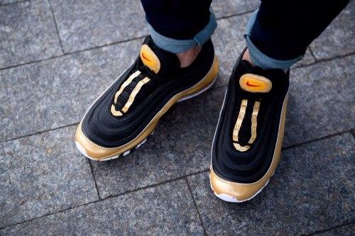 Air Max 97 QS Black/Varsity Red-Metallic Gold Nike
