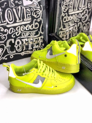 Air Force 1 Low Utility Volt (GS) Nike