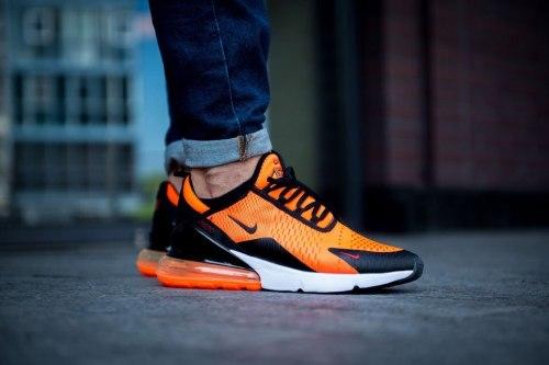 "Air Max 270 ""Orange"" Nike"