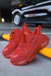 "TRIPLE S ""Red"" Balenciaga"