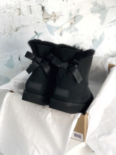Bailey Bow Mini Black UGG