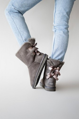 Bailey Bow Gray UGG