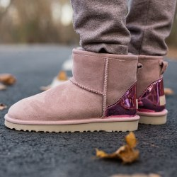 Classic Mini II Boot Pink UGG