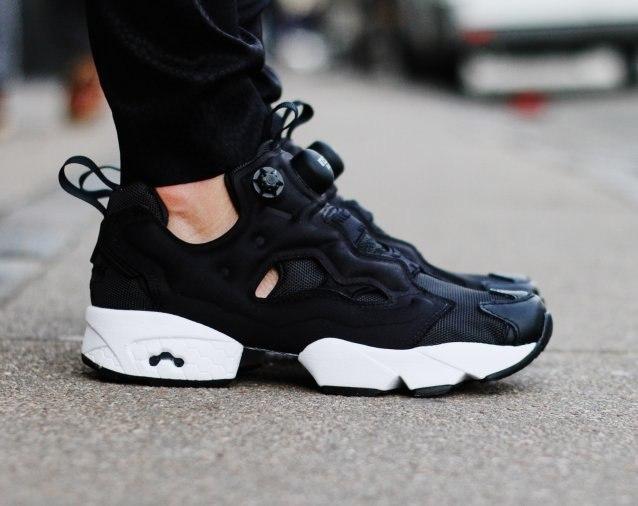 ᐉ Купить кроссовки Insta Pump Fury OG Black Reebok – с доставкой в ... a770bcfed4a54
