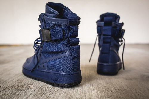 Special Field Air Force 1 Binary Blue Nike