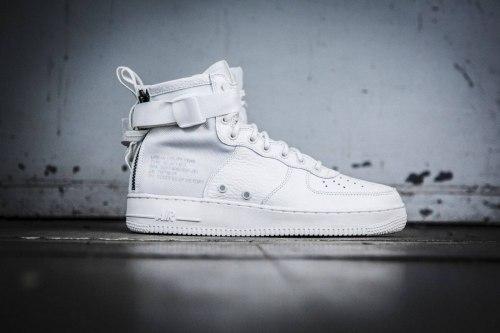 SF Air Force 1 Utility Mid All White Women Nike