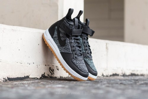 "Lunar Force 1 Flyknit Workboot ""Black"" Nike"