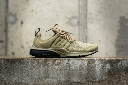 Air Presto SE Olive Nike