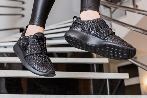 "Roshe run DMB ""Black"" Nike"