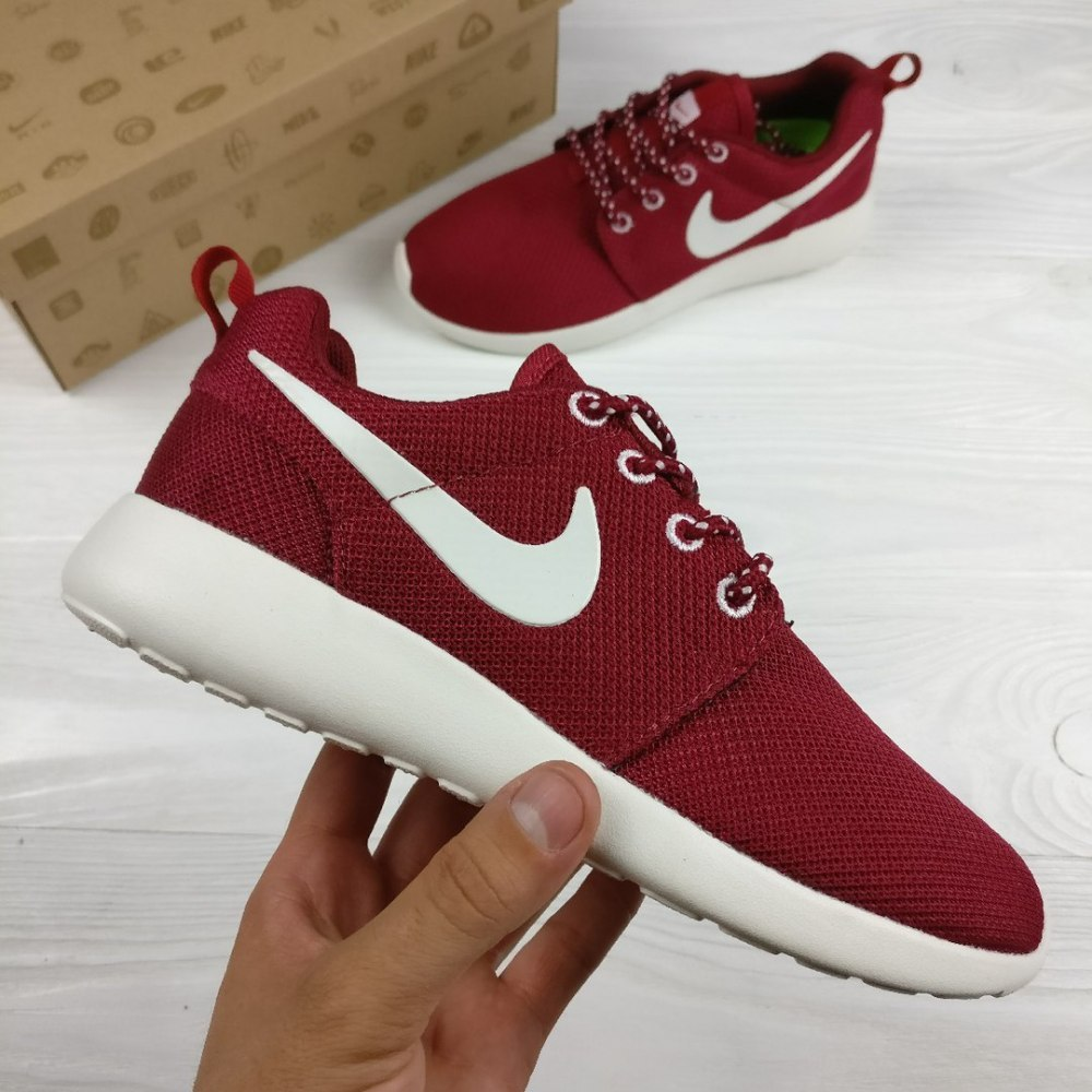78b4b430 ᐉ Купить кроссовки Roshe Run Bordo Women Nike – с доставкой в Киев ...