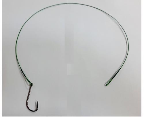 Поводок стальной Namazu Leader 1х7 Nylon Coated Green с одинарным крючком
