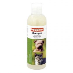 Шампунь BEAPHAR с маслом чайного дерева для кошек и собак, 250 мл
