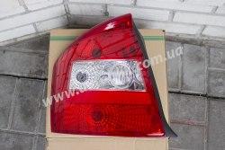 Задний фонарь правый на Kia Cerato (2004-2006)