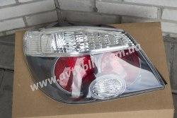 Задний фонарь правый на Mitsubishi Outlander I (2005-2009) прозрачный