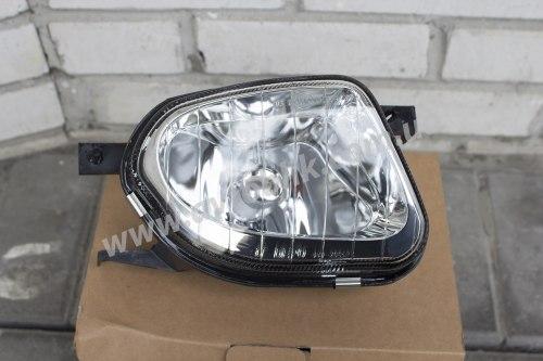 Противотуманная фара левая на Mercedes 211 (2002-2004) светлая