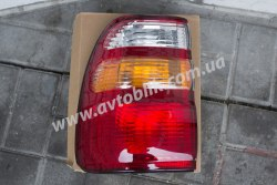 Задний фонарь правый на Toyota Land Cruiser 100 (1998-2004)