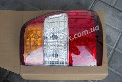Задний фонарь левый на Toyota Land Cruiser 100 (2005-2008)