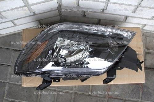 Фара передняя левая на Mitsubishi Outlander I (2003-2005)