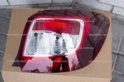 Задний фонарь правый на Dacia Sandero Stepway (2013-2017)