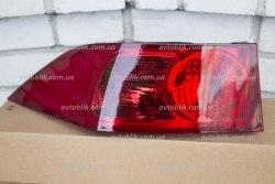 Задний фонарь правый на Honda Accord 7 (2003-2005)