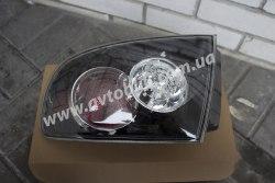 Задний фонарь правый на Mazda 3 (2006-2009) хетчбэк