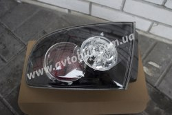 Задний фонарь левый на Mazda 3 (2006-2009) хетчбэк