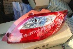Задний фонарь левый на Mazda 2 (2007-2011)