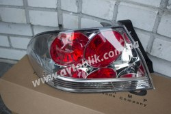 Задний фонарь правый на Mitsubishi Lancer 9 (2004-2008) прозрачный