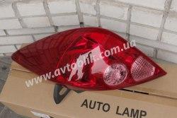 Задний фонарь правый на Nissan Tiida (2005-2012) арабка