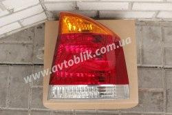 Задний фонарь правый на Opel Vectra C (2002-2009) желто-красный