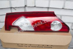 Задний фонарь правый на Renault Kangoo (2009-2013)