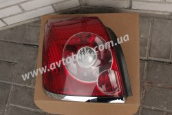 Задний фонарь левый на Toyota Avensis (2006-2008)