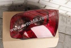Задний фонарь правый на Peugeot 407 (2004-2010)