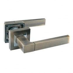 Комплект дверных ручек SOLLER ZF11-RA12 бронза/хром